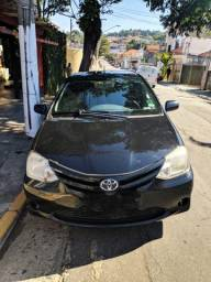 Toyota Etios sedan 2013 GNV 5 geração - 2013
