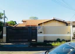 Casa à venda com 3 dormitórios em Vila bandeirantes, Campo grande cod:BR3CS8452
