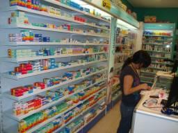 Prateleiras Farmácia, Perfumaria ou Loja de utilidades