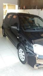 Etios 1.3 xs Hatch Completo