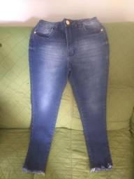 Calça e bermuda jeans feminina e masculina
