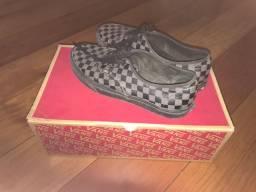 Vendo Vans Authentic xadrez (100% original)