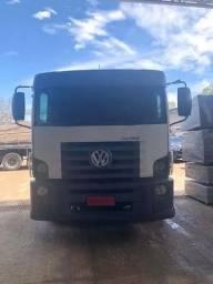 Caminhão VW 24260