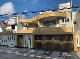 Casa á venda no bairro Jardins, Aracaju