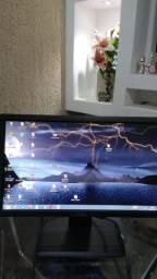 Monitor Dell Tamanho 19 Polegadas, Saída para HDMI, Com Cabos, Ótimo Estado.
