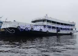 Vendo Ferry Boat em ótimas condições! Pronta para navegar