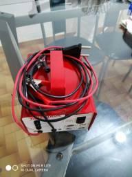 Carregador de bateria 12 v NOVO carro e moto