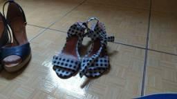 Sandália semi novas