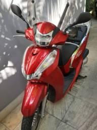 Scooter sh 300i - linda baixa km