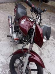Alugurl de moto 250