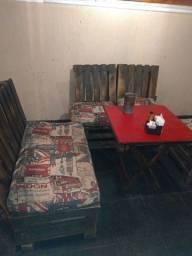 Jogo de sofá com mesa de vidro