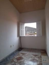 alugo apartamento bem localizado em Marituba