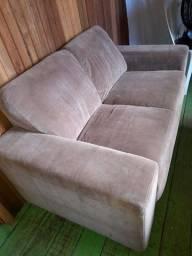 Sofa 300 reais e as cadeiras 250 esse valor pra vim busca .