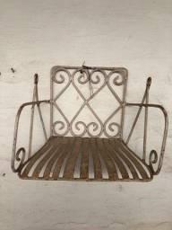 Cadeirinha balanço antiga infantil Vintage de ferro