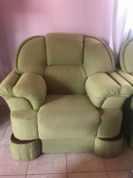 Sofá 1 lugar (estilo poltrona/não é reclinável )