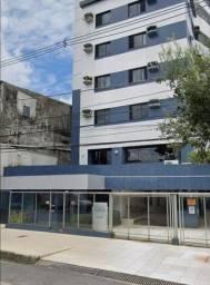 Alugo Apto Semi-Mobiliado no Ed. Torres de Elvas