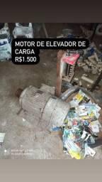 Motor elevador de carga