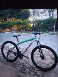 Bicicleta, semi nova