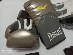 Luva de kickboxing feminino