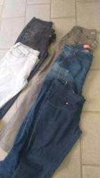 Vendo calças, shorts e saias usadas