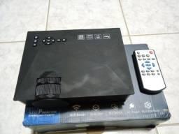 Mini Projetor Wifi Led 1200 Lumens UC46