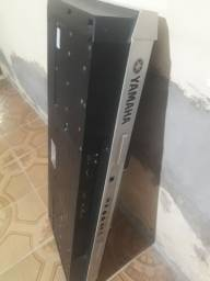 Vendo  um teclado Yamaha psr s900 parado para retirado leia descrição