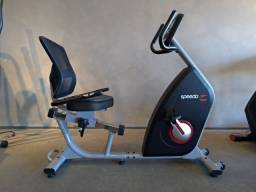 Bicicleta eletromagnética residencial / semi profissional Speedo R35 v2 nova