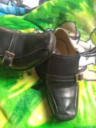Sapato social tamanho 25 $30