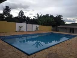 Linda área da piscina em promoção, Chácara Cammebol