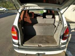 Vendo zafira 2001 2.0 16 com gnv aceito carro de menor valor como entrada - 2001