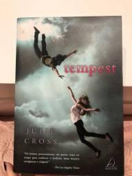 Livro Tempest - Julie Cross