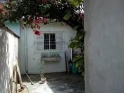 Casa à venda com 2 dormitórios em Palmeiras de sao jose, Sao jose dos campos cod:V27131AQ
