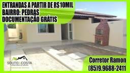 Casa com 2 quartos e uma suíte, garagem para 2 carros, com entradas a partir de R$10Mil