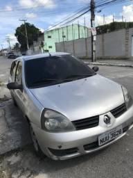 Clio 1.0 16v 2011 - 2011
