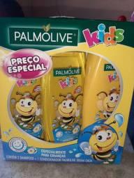 Kit infantil pamolive  2 shampoo e 1 condicionador