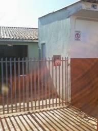 Alugo casa no bairro tatuquara