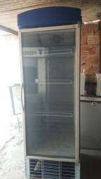 Expositor frio vertical 570 litros Gelopar