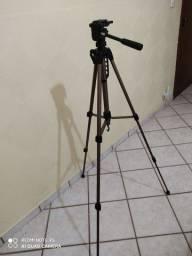 Tripé amador para máquina fotográfica