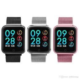 Relógio InteligenteSmartwatch P70 Monitora Batimentos cardiacos