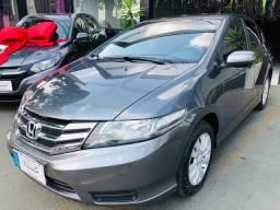 Honda City 1.5 LX Automático 2013 Vendo, troco e financio