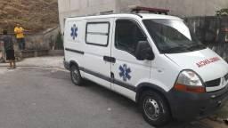 Ambulância master