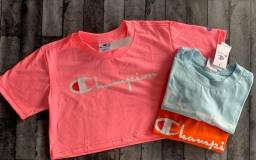 Cropped e camisas