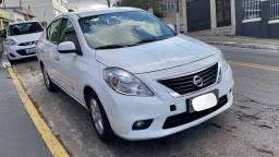 Nissan Versa 1.6 2013 SL