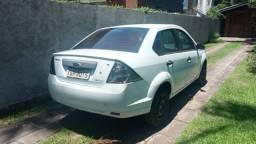 Fiesta Sedan 1.6 Flex completo. Única dona - placa i - Baixa km!