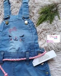 Jardineira infantil jeans Tamanhos 4, 6, 8