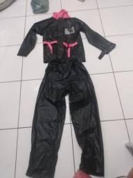 Vendo capa de chuva jaqueta e calça R$40