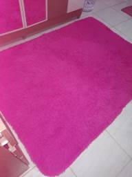 Vendo tapete  fiapudo  na cor rosa  tamanho  grande