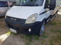 Iveco Daily 7016 ano 2011