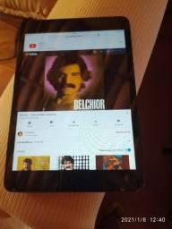 iPad 1 16gb carregador e caixa originais