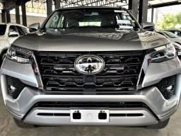 Toyota hilux sw4 2021 2.8 d-4d turbo diesel srx 7l 4x4 automÁtico